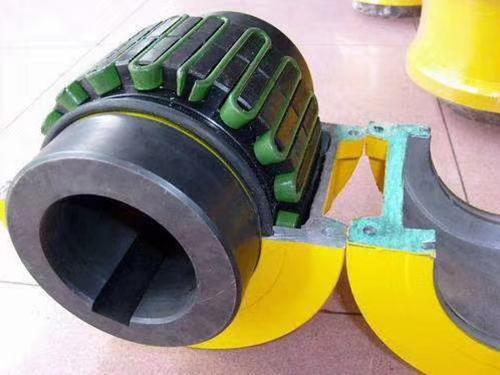 JS型罩壳径向安装型联轴器